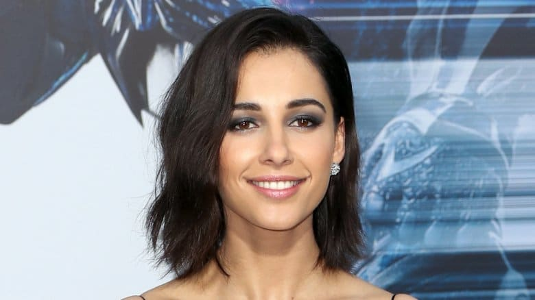 Naomi Scott Husband, Age, Parents, Height, Ethnicity & Body Measurements