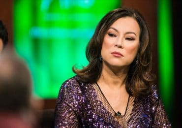 Jennifer Tilly's Net Worth, Achievements and Family